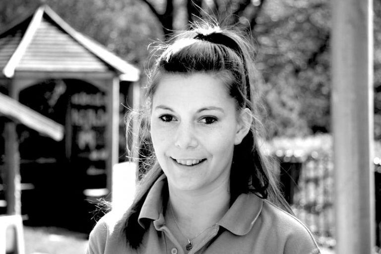 Yasmin Mellet